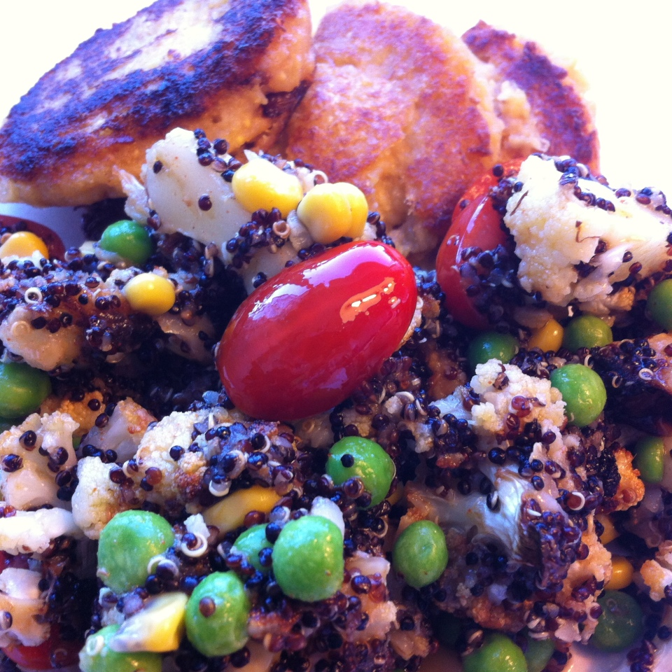 Palsternacks, potatis och kikärtsbiffar... med quinoasallad